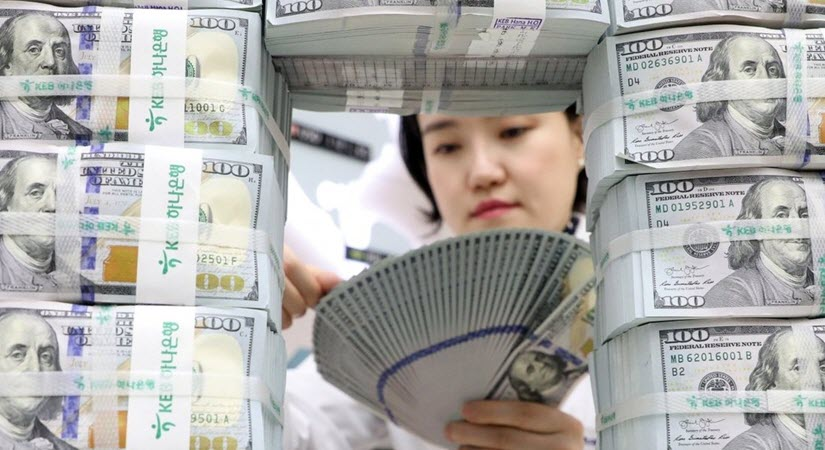 Dollar Abandonment May Signal the End of Global Reserve Status