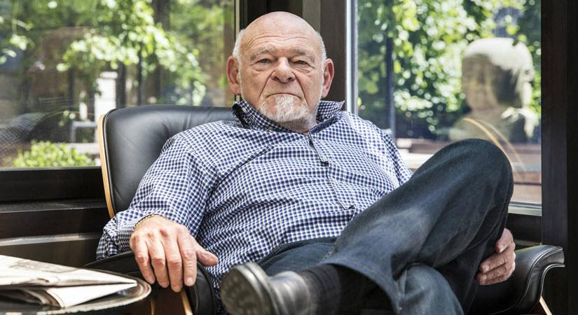 Billionaire Investor & Former Gold Skeptic Sam Zell Buys Gold