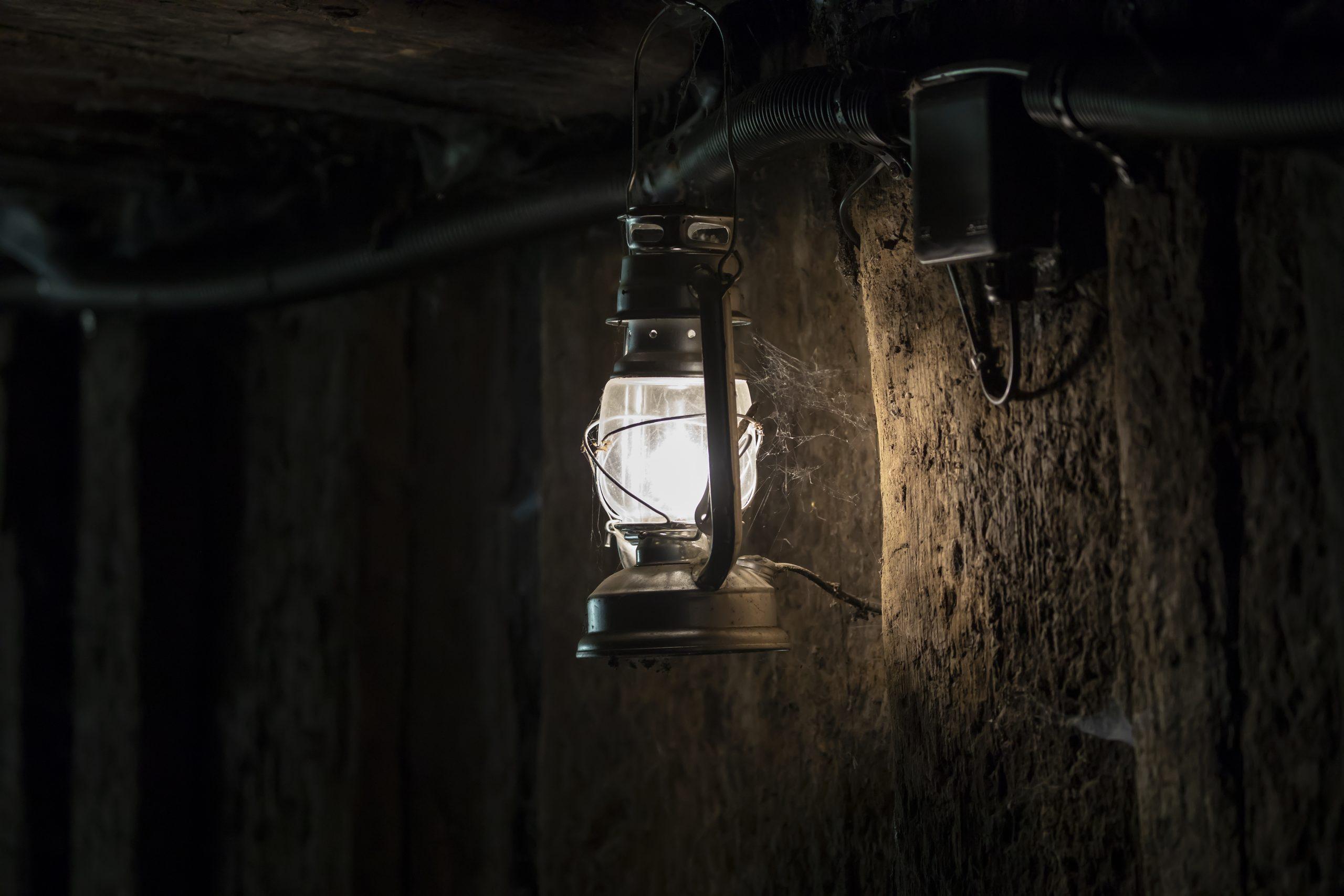 lamp in gold mine