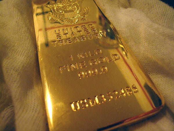 JP morgan says buy gold