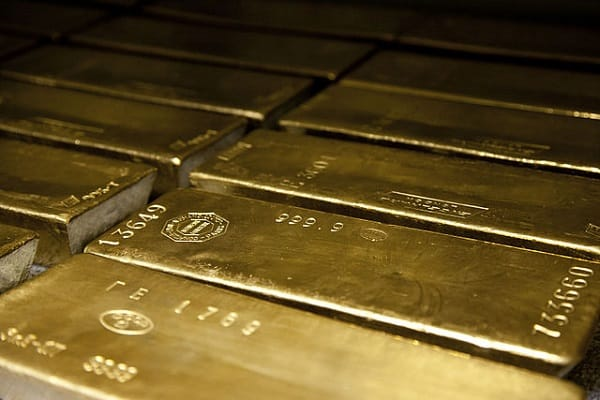 gold will shine in spite of fed