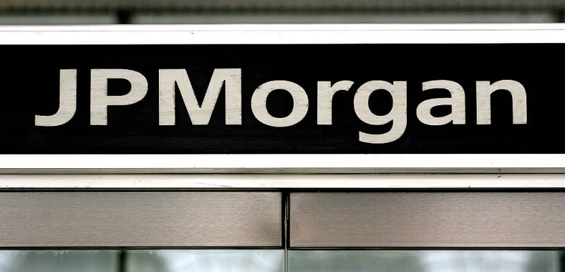 jp morgan war on cash
