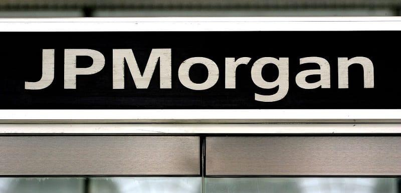 jp morgan war on cash